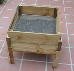 DIY wooden worm bin II photo by www.ecoyardfarmer.com