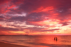 Roseate Sunset photo by Frisky Lizard
