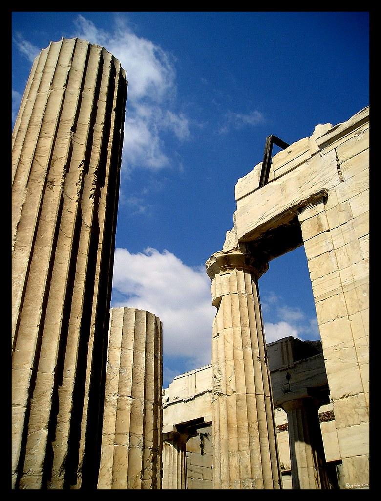 Grecia...... photo by rogilde - roberto la forgia