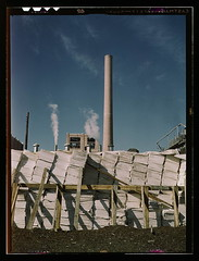 Southland Paper mill, Kraft (chemical) pulp used in making newsprint, Lufkin, Texas  (LOC) photo by The Library of Congress