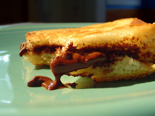 grilled chocolate sandwich