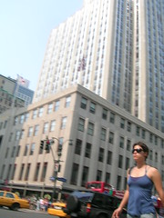 NY2005 - Nice Views - Babe Out Of Focus