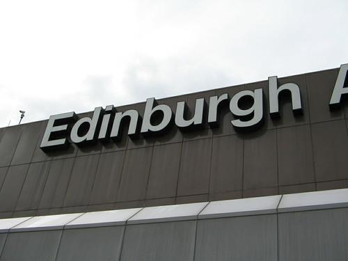 edinburgh_airport_sign