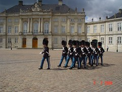 Changing Guard kat Amalienborg Slot, Copenhagen, Denmark