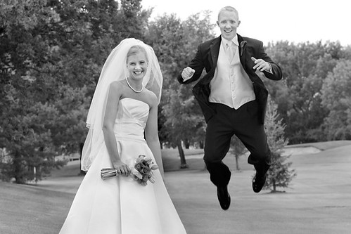 WED GROOM JUMP