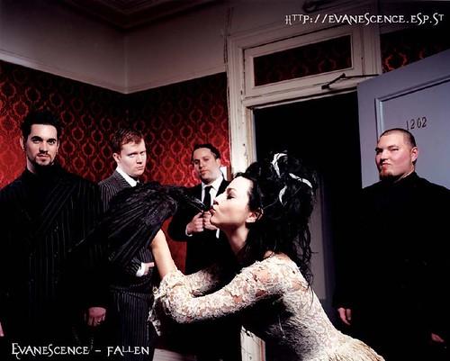 Evanescence grupo 43