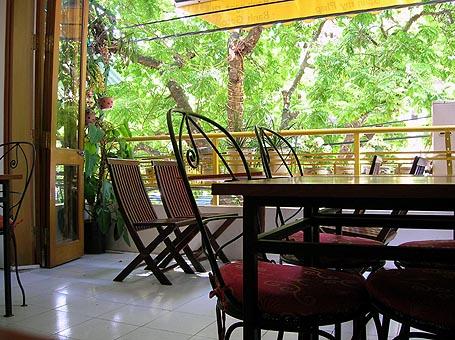 Maison Vanille balcony