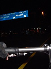 PDX Airport bike path (at 5AM!)