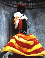 Manneken Pis Dipakaikan Costume, Brussels, Belgium