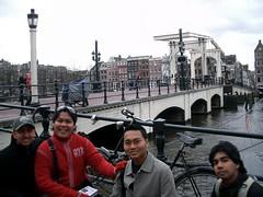 Sebuah Jambatan di Amsterdam, Netherlands