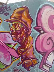 graffiti... señor señalando
