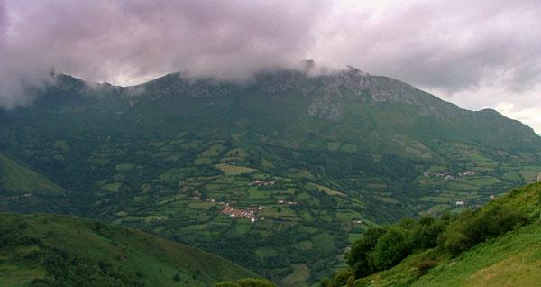 Las colinas verdes de Pinnath Gelin