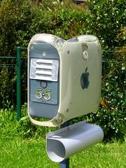 Apple 4g mailbox