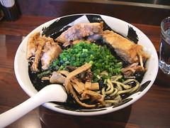 武骨黒ちゃーしゅう麺