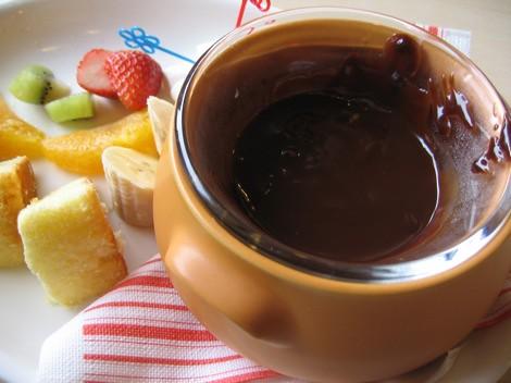 chocolate fondue plate