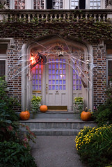 Halloween Haunted House, Park Slope, Brooklyn photo by jackie weisberg