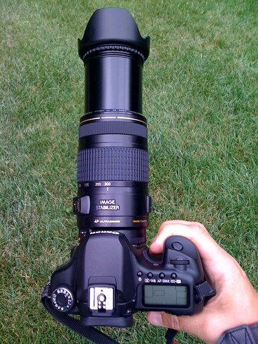 My new 70-300mm lens resembles a rocket launcher when extended! Wow...