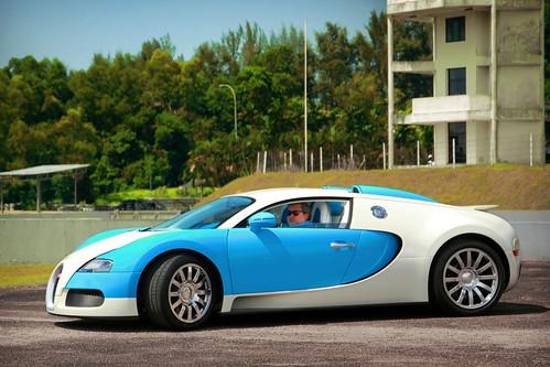 Bugatti Veyron Turquoise
