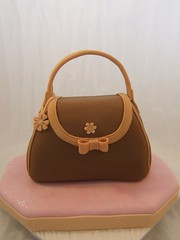 Handbag cake for mother's day photo by Crazy Cake - Cakedesigner57