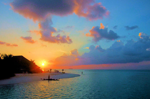 Закат солнца.Закат на море.Смотреть закат.Фотографии ...: http://travel3.ru/foto/zakat-solnca-%E2%80%93-5-mest-gde-vstrechat-zakaty-fotografii-zakata