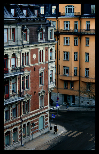 Between The Buildings photo by rogilde - roberto la forgia