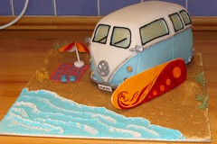 campervan cake photo by Foxdale Cakes