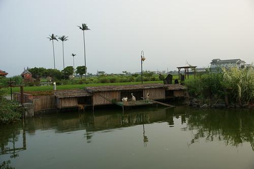 鑑湖堂前池塘