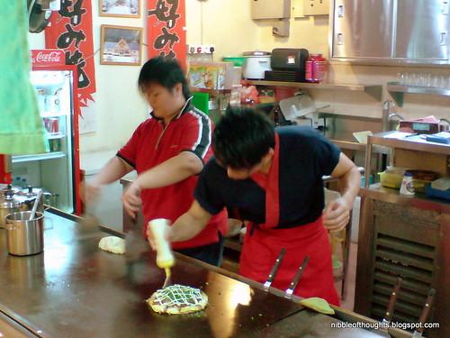 okonomiyaki chef