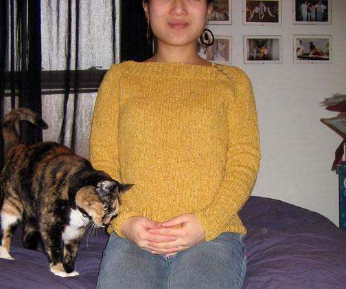 Goldie with kitty lovin'