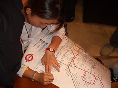 Jenny signs Tami's map