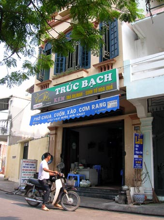 Truc Bac cafe