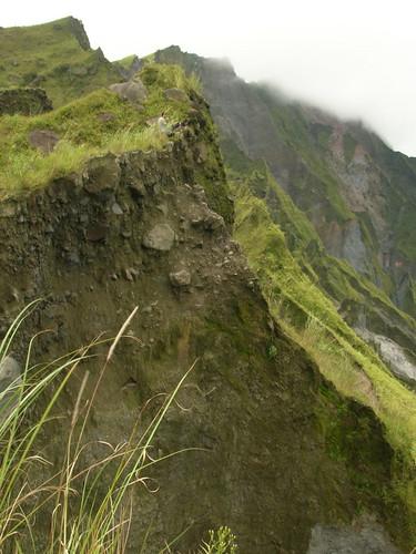pinatubo crater rocky ledge