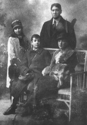 borges_family_1914