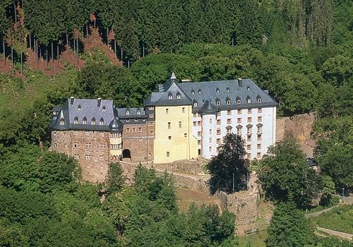 postcard-castle.jpg