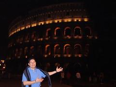 Frente al Coliseo