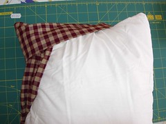 Tuck pillow 8