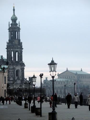 Riverside Promenade, Dresden