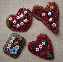 3 hearts and grow brooch