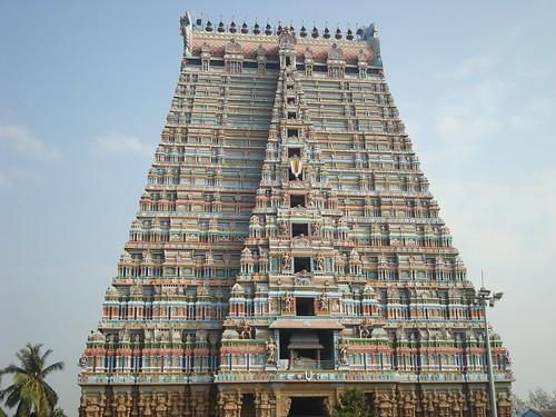Shri Ranganathar Temple, Sri Rangam, India photo by Sunciti _ Sundaram's Images + Messages