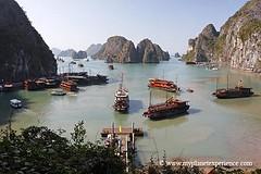 Vietnam - junks traffic jam on Ha Long Bay photo by My Planet Experience