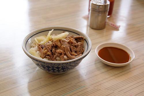 鴨肉飯與沾醬 (by Audiofan)