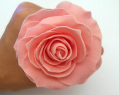 My first sugarpaste rose photo by purecakes (lizzie)