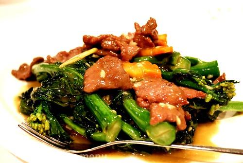 Peninsula Restaurant - Stir fried kai lan with beef £9