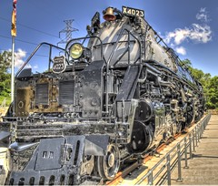 Union Pacific's Big Boy 4023 photo by tfinzel