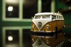 VW Samba Bus photo by Daniel Y. Go