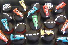 race car cupcakes photo by Isabella's sweet tooth (johanna)