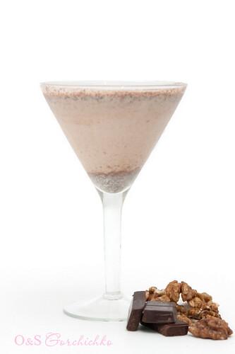 Шоколадно-ореховый смузи | Chocolate nut-flavoured smoothie