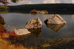 Hiking in Harriman State Park: Rocks in Lake Tiorati photo by Wei Zhang@Hudson