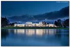 Old Parliament House in Canberra photo by Sam Ilić