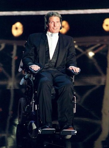 emmy-1997-christopher reeve